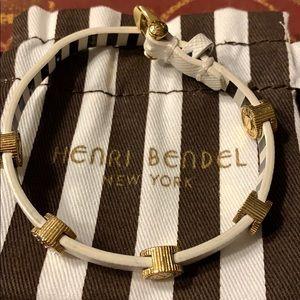 White leather Henri Bendel bracelet